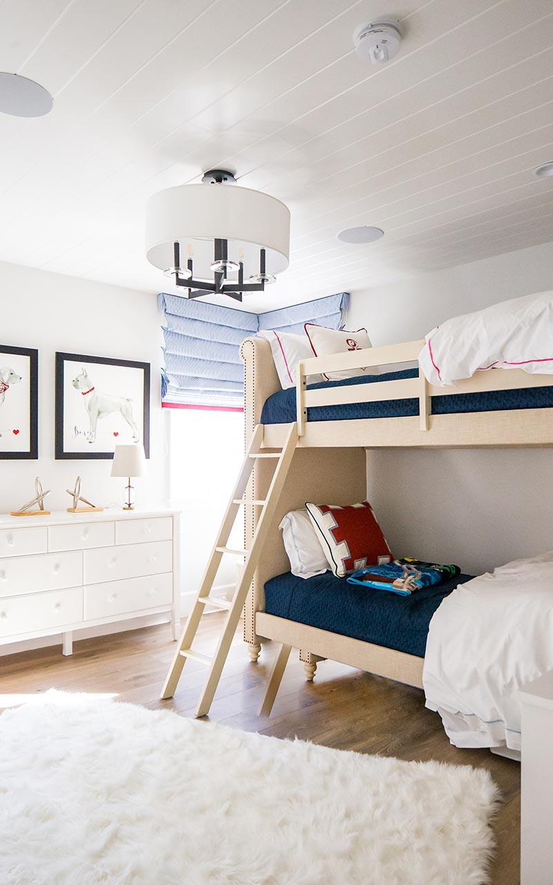 dahlia-traditional-kids-room