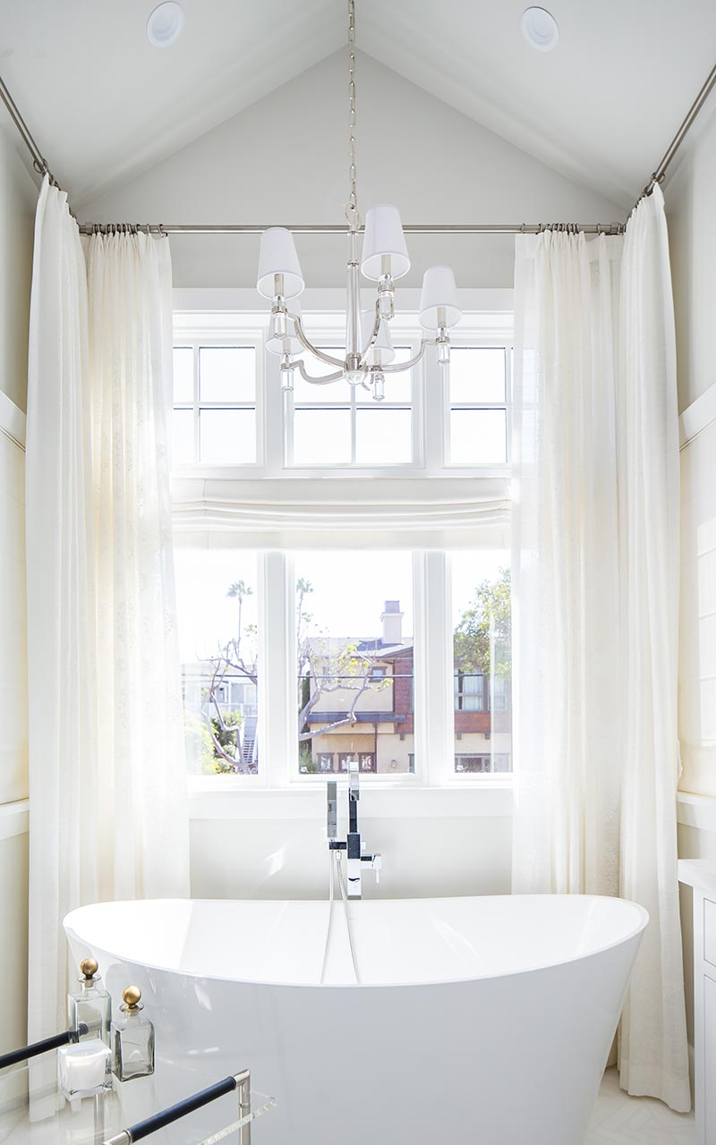 dahlia-traditional-master-bath-tub