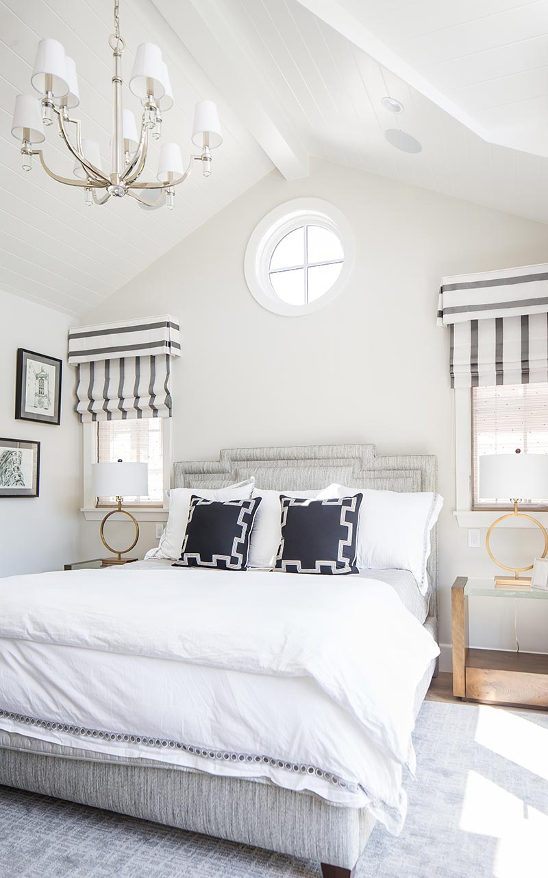 dahlia-traditional-master-bedroom-bed