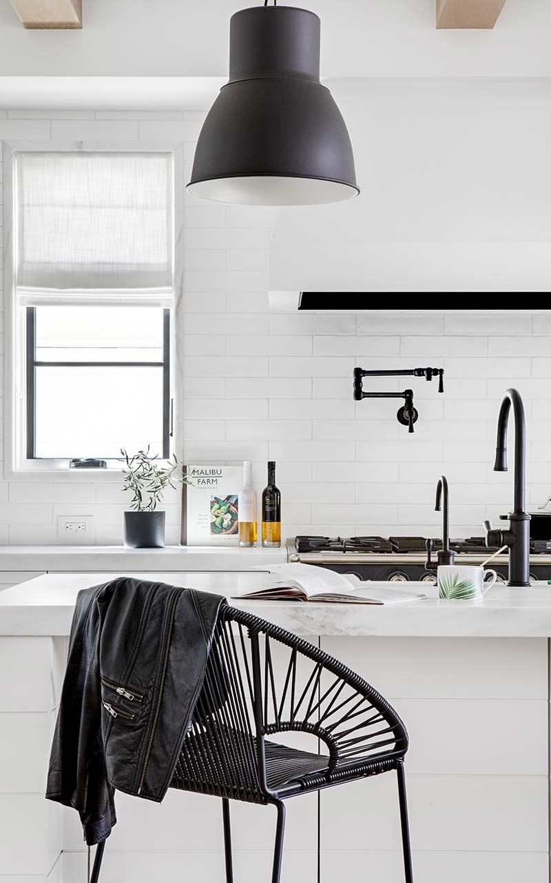 narcissus-industrial-chic-kitchen-barstool
