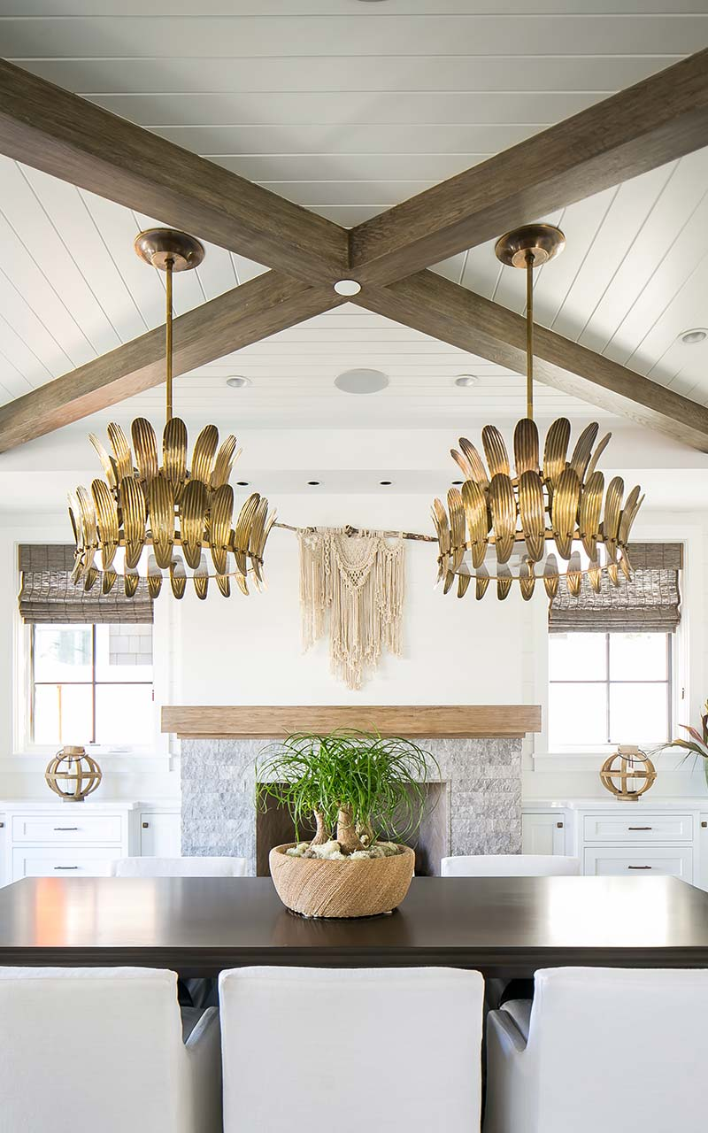 orchid-tropical-dining-area-chandeliers