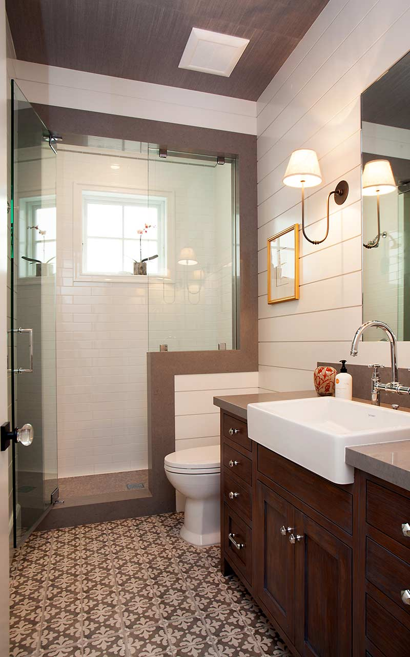 poppy-modern-farmhouse-first-floor-bath