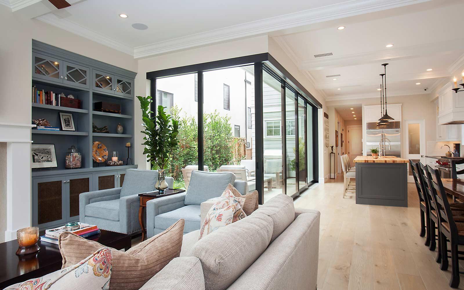 poppy-modern-farmhouse-living-area-kitchen-2