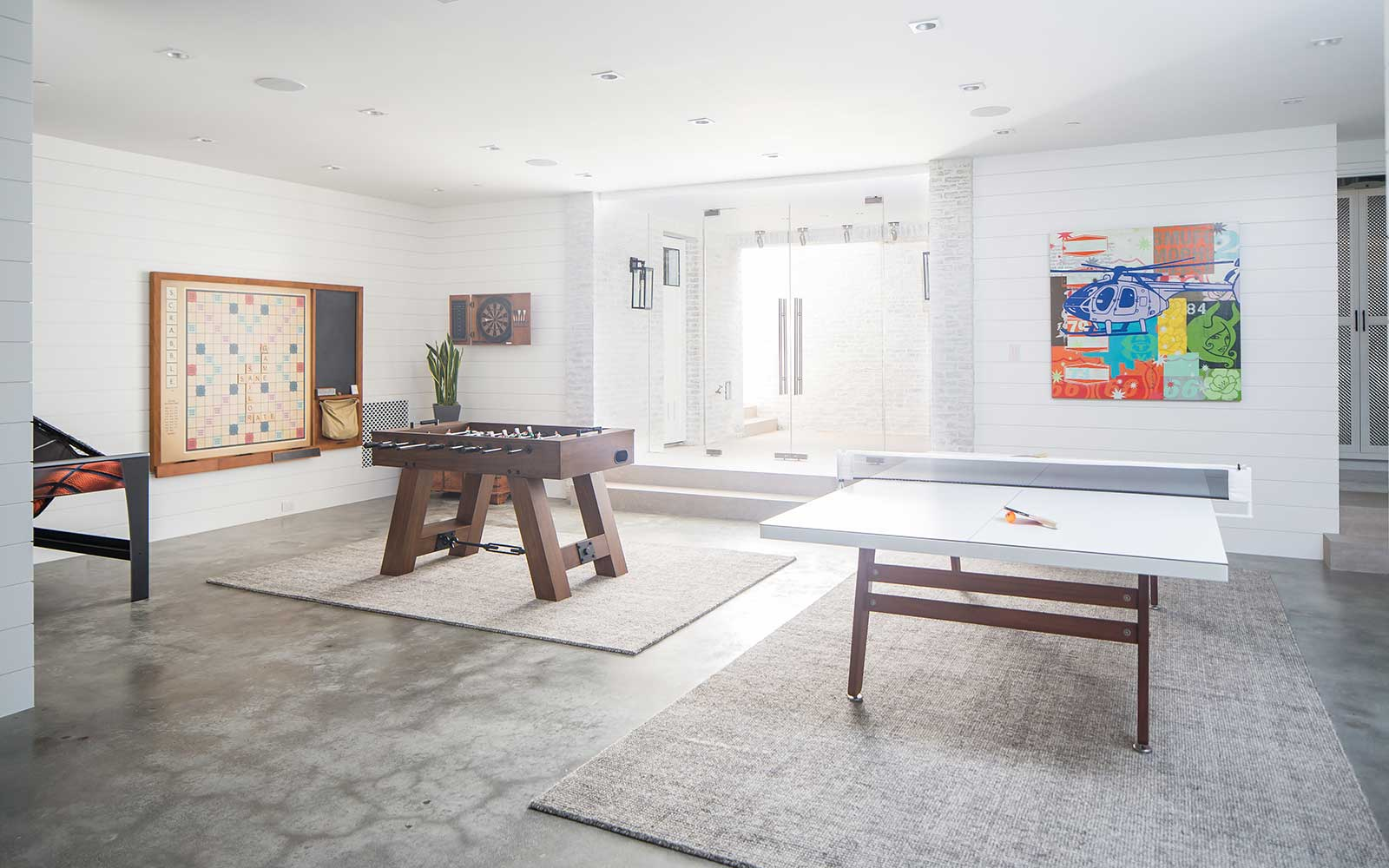 modern-beach-house-basement-games