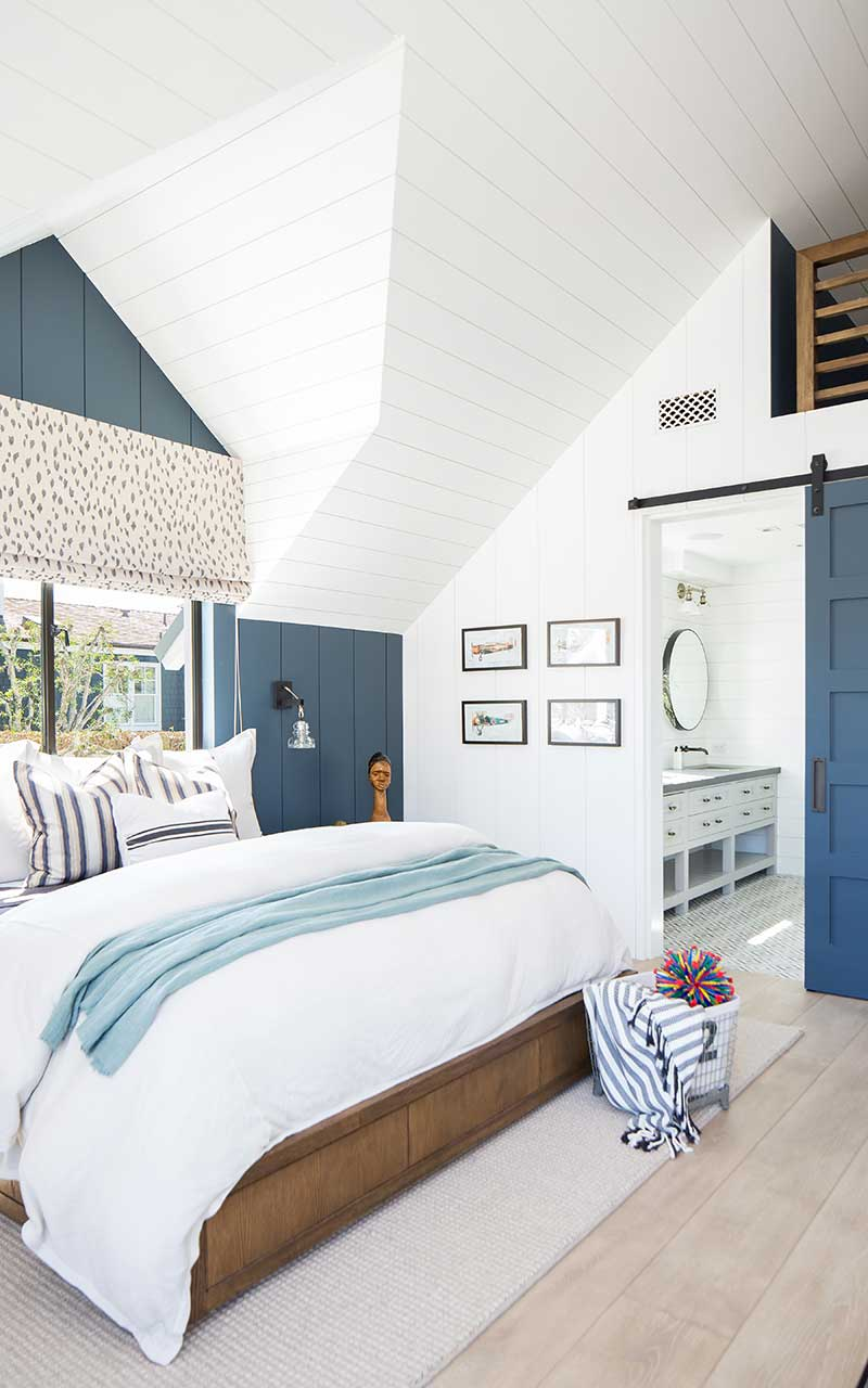 modern-beach-house-kids-bedroom-left