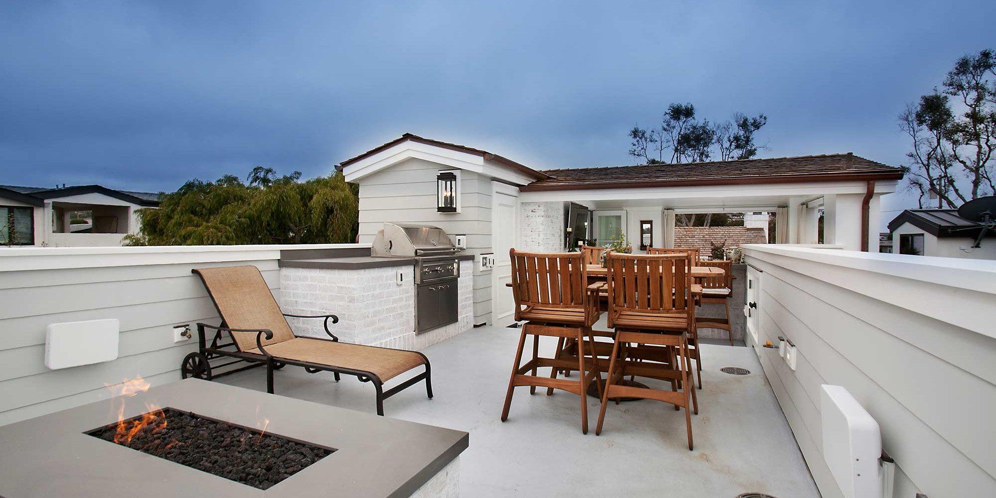 poppy-modern-farmhouse-roof-deck